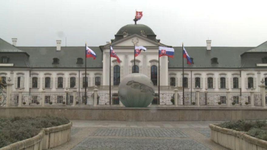 Ismét megszavazta a himnusztörvényt a szlovák parlament
