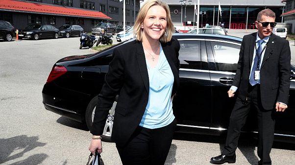 """""""Que fumen, beban y coman carne roja"""", dice la nueva ministra de Salud de Noruega"""