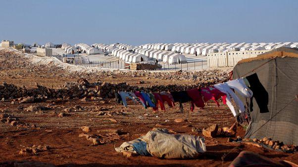 مشهد عام لمخيم للاجئين في ادلب بسوريا