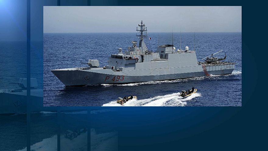 "Nave militare italiana salva 36 naufraghi, Salvini: ""Porti chiusi"""