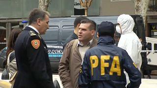 ضباط من الشرطة الأرجنتينية