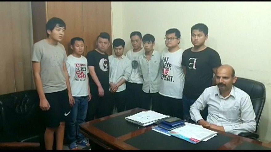 شاهد: باكستان تعتقل شبكة دعارة ترسل شابات إلى الصين بحجة الزواج
