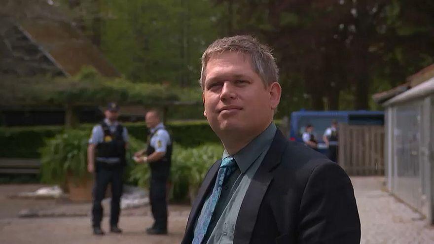 """Wahlkampf unter Polizeischutz: Rasmus Paludan und der ultrarechte """"Stramme Kurs"""""""