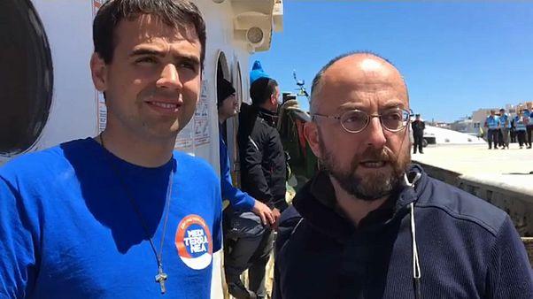 Sequestrata a Lampedusa nave Mar Jonio con 30 naufraghi a bordo