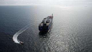 کشتی عربستان بدون بارگیری محموله سلاح از ساحل فرانسه دور شد
