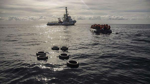 Akdeniz açıklarında sığınmacı teknesi battı: En az 50 kişi hayatını kaybetti