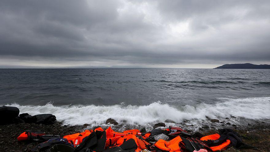 Τουλάχιστον 70 νεκροί σε ναυάγιο ανοιχτά της Τυνησίας