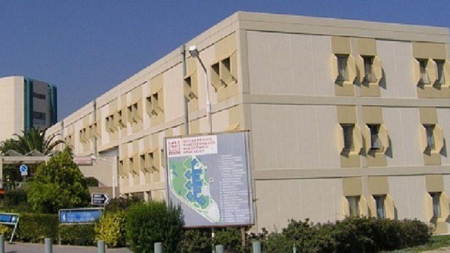 Ηράκλειο: Επίσκεψη Σχοιναράκη στο ΠΑΓΝΗ