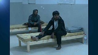 ناج من غرق سفينة المهاجرين قبالة تونس: رأيتهم يغرقون واحداً تلو الآخر