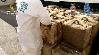 عملیات پلیسی مشترک ایتالیا و اسپانیا؛ ۲ هزار و ۷۰۰ کیلوگرم حشیش ضبط شد