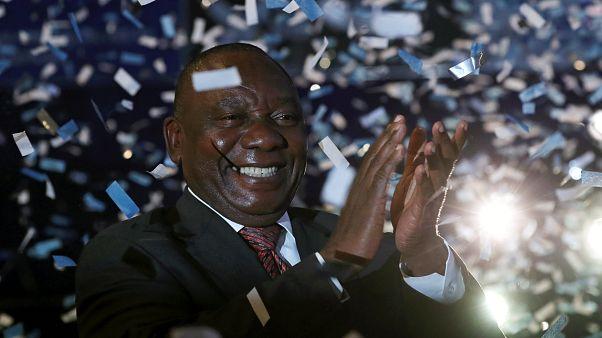 Güney Afrika: Mandela'nın partisi en kötü sonuçlu zaferini ilan etti