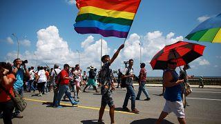Küba'da LGBTİ+ aktivistlerinin yürüyüşüne polis müdahalesi