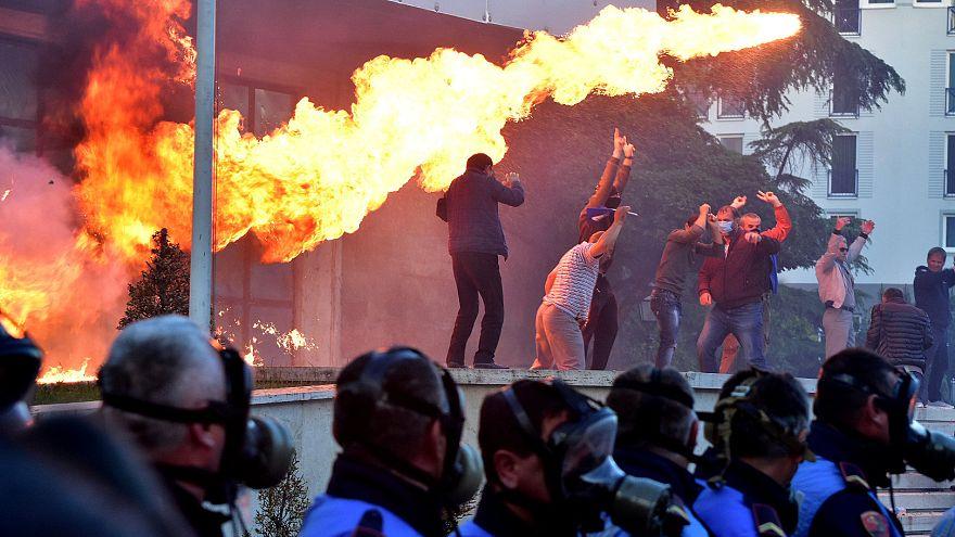 Protesters hurl petrol bombs at PM Edi Rama's office