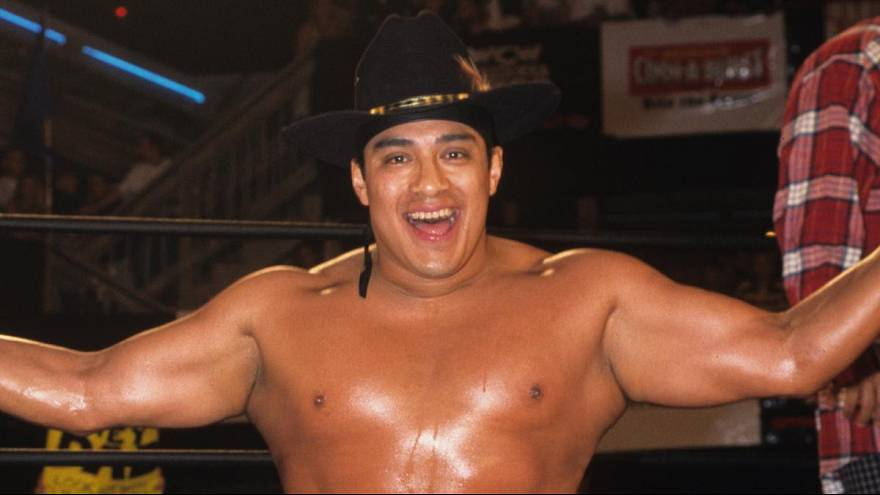 Wrestling star Silver King dies in packed London show