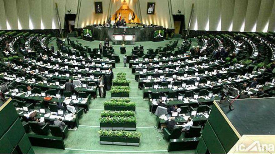 مجلس ایران؛ تصویب کلیات لایحه اعطای تابعیت به کودکان زنان ایرانی