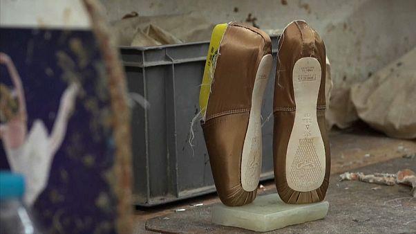شاهد: أحذية خاصة بذوي البشرة السوداء تحدث ثورة في عالم الباليه