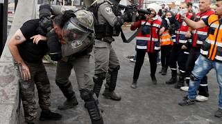 تقرير: إسرائيل اعتقلت نحو 900 فلسطيني بينهم 133 طفلا خلال الشهرين الماضيين
