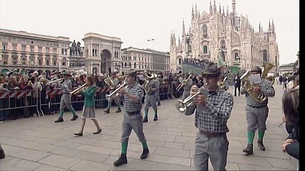 Milano festeggia i 100 anni degli alpini