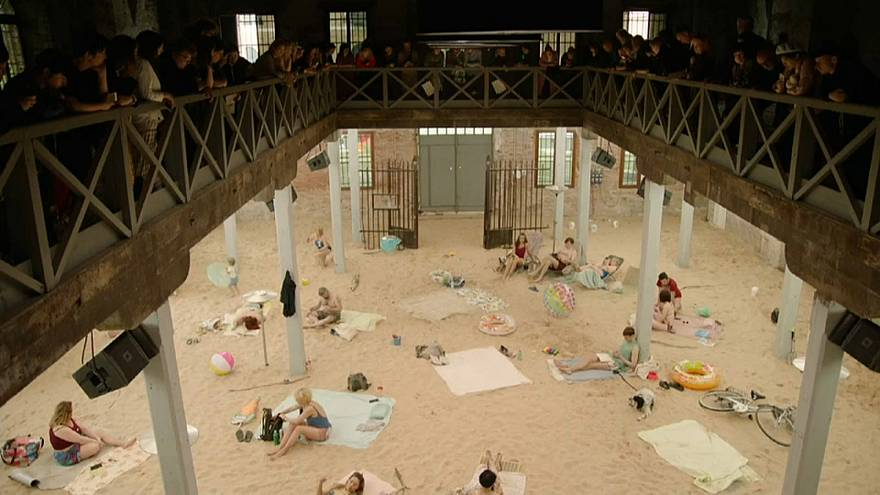 Lituânia vence Leão de Ouro na Bienal de Veneza