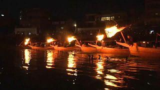 Al via la stagione della pesca giapponese con i cormorani