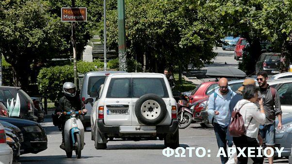 Εξάρχεια: Επίθεση κατά αστυνομικών - Ένας τραυματίας