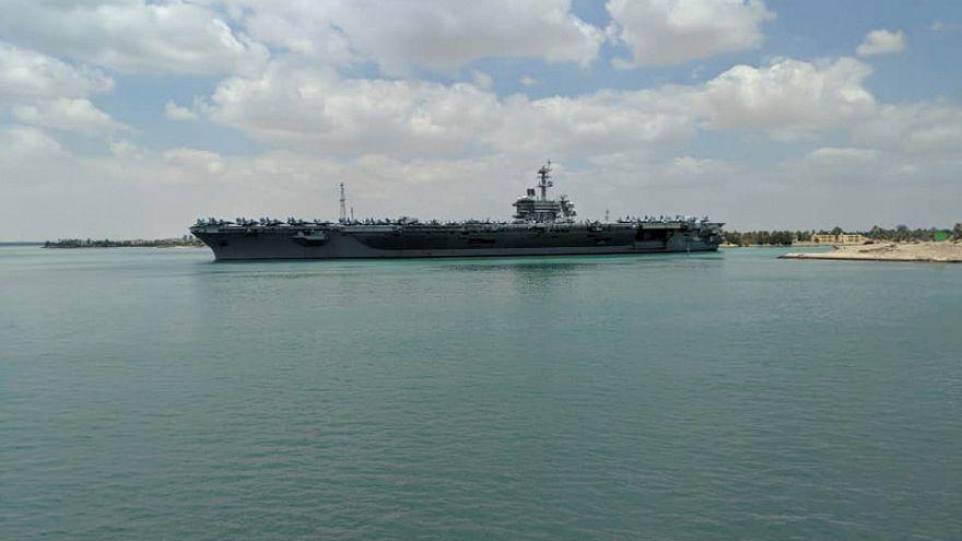حاملة الطائرات الأمريكية تعبر قناة السويس يوم 10 مايو أيار 2019
