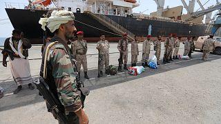 مع انسحاب الحوثيين من الموانئ اليمن يترقب مسار السلام