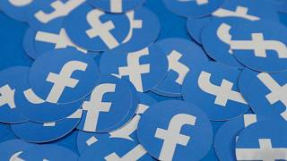 فيسبوك تحذف 23 حسابا إيطاليا كاذبا قبل الانتخابات الأوروبية