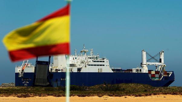 سفينة سعودية مُنعت من تحميل شحنة أسلحة في فرنسا تغادر ميناء سانتاندير في إسبانيا