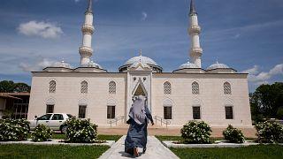 Almanya'da camilere vergi tartışması