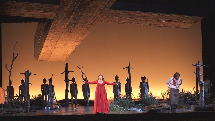 """El apasionante thriller """"Tosca"""" de Puccini vuelve a París"""