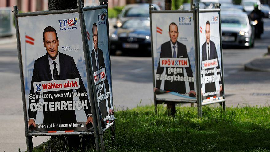 نتایج یک نظرسنجی: ۴۳ درصد اروپاییها نگران قدرت گرفتن احزاب عوامگرا هستند