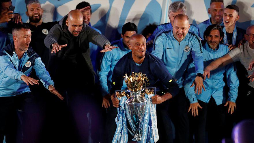 Manchester célèbre ses héros, toujours rois d'Angleterre