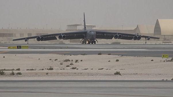 ویدیویی از استقرار بمبافکنهای بی-۵۲ در قطر
