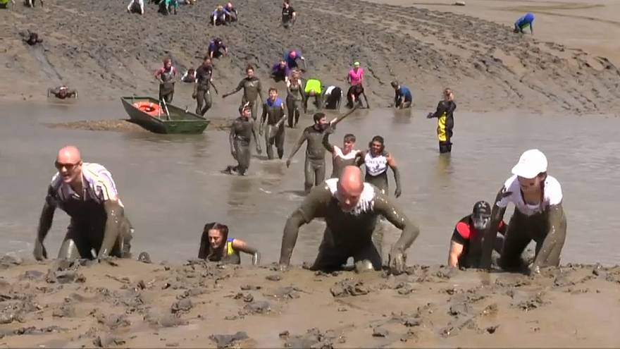 سباق مالدون للركض عبر الوحل في بريطانيا