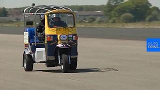 World speed record for Tuk Tuk broken in England