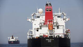یک مقام آمریکایی: ایران مظنون نخستِ حمله به نفتکشها در امارات است