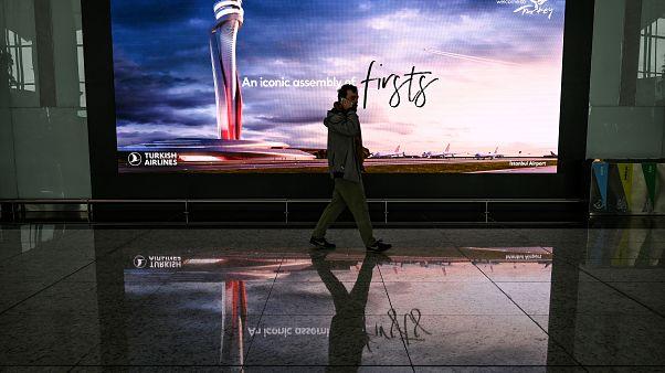 Istanbul havaalanı - Hollanda'dan Türkiye'ye seyahat uyarısı