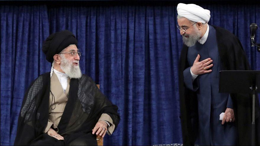 علی خامنهای و حسن روحانی در مراسم تنفیذ حکم ریاست جمهوری، ۱۲ مرداد ۱۳۹۶