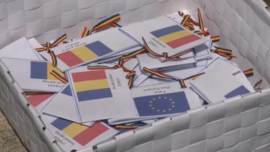 Les jeunes roumains tentent de mobiliser pour les européennes