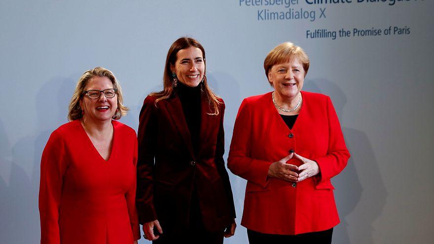 Merkel will klimaneutrales Deutschland bis 2050