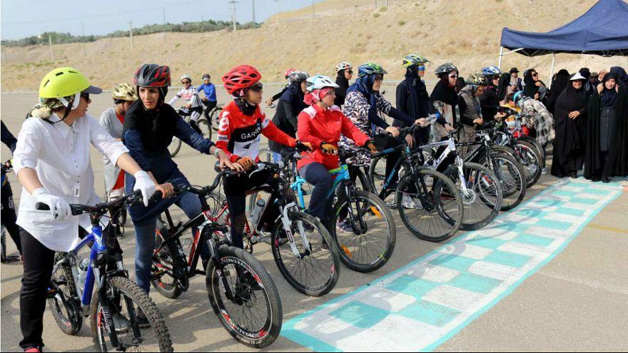 دادستان اصفهان: دوچرخهسواری زنان در فضای عمومی ممنوع