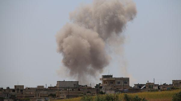 İdlib'e yönelik saldırılar devam ediyor