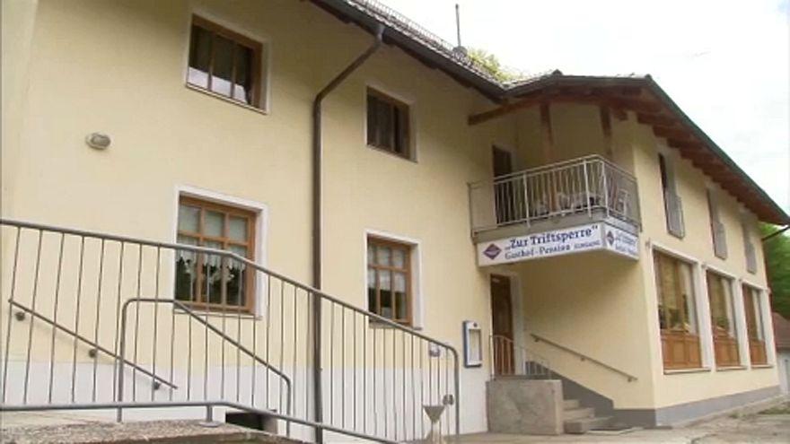 A nyomozók azt valószínűsítik, hogy öngyilkos lett a lenyilazott három ember Passauban