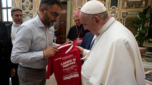 البابا فرانسيس يلتقي بأعضاء المركز الرياضي الإيطالي في الفاتيكان