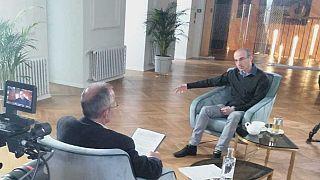 Harari: az algoritmusok által feltárt félelmeinkre alapoz a politika