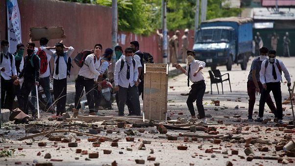 Keşmir'de protestolar