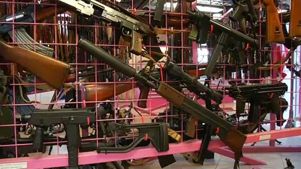 استفتاءٌ في سويسرا بشأن قوانين حيازة السلاح
