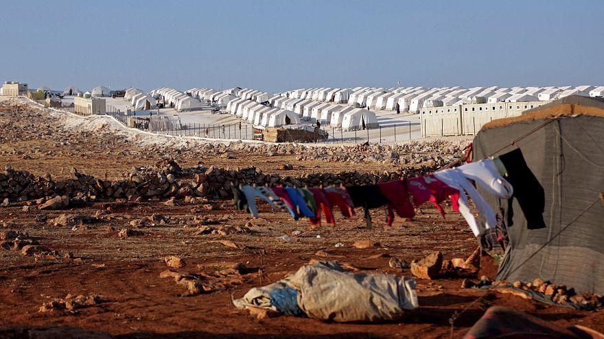 A görög hatóságok titokban toloncolják vissza Törökországba a menedékkérőket