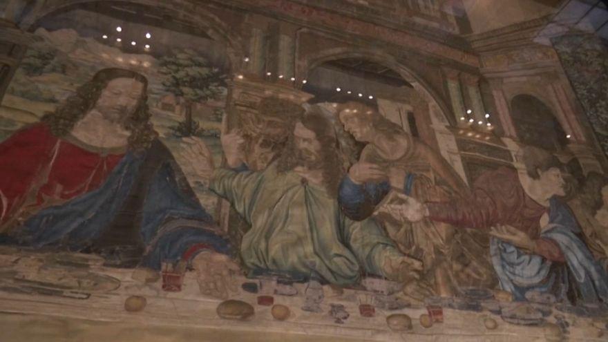 Leonardo: i Musei Vaticani fanno risplendere l'arazzo del cenacolo